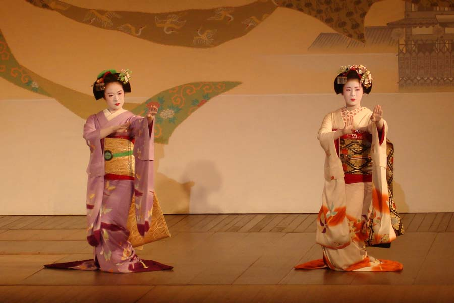 Historia del teatro japones